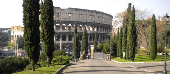 Close to all the most famous monuments of Rome